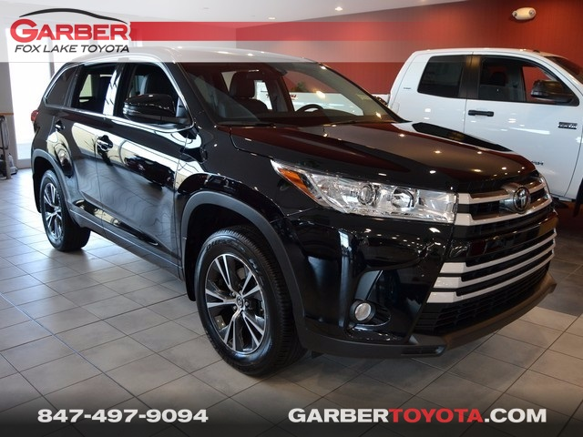 new 2017 toyota highlander le plus 4d sport utility in fox lake hs394429 garber fox lake toyota. Black Bedroom Furniture Sets. Home Design Ideas