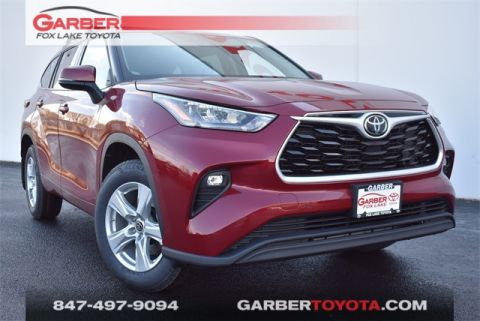 New 2020 Toyota Highlander LE 4 door